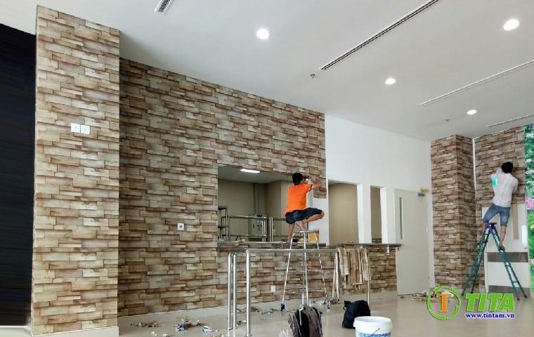 thi công giấy dán tường cho quán cafe - giấy dán tường 3d giả đá quán cà phê