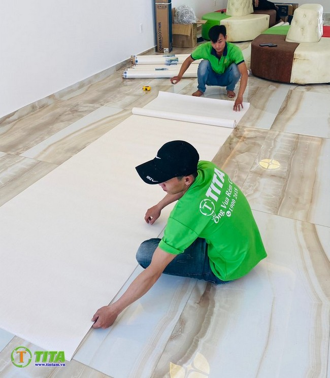 thi công tranh dán tường tphcm